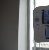 任天堂2DS上手报告:价格便宜但设计缺乏便携性