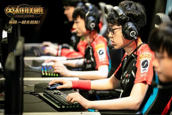 C组比赛前瞻:KT势头正劲EDG能否晋级