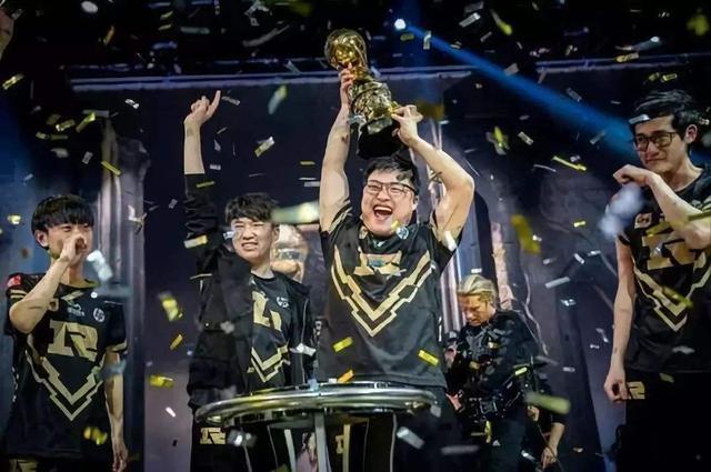 LPL包揽全年冠军 Faker却放豪言:LCK仍是最强赛区