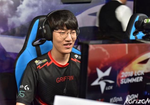 SKT确认拿到季后赛名额 放话血洗GRF