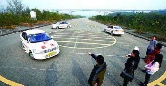 坐副驾驶考驾照的具体情况