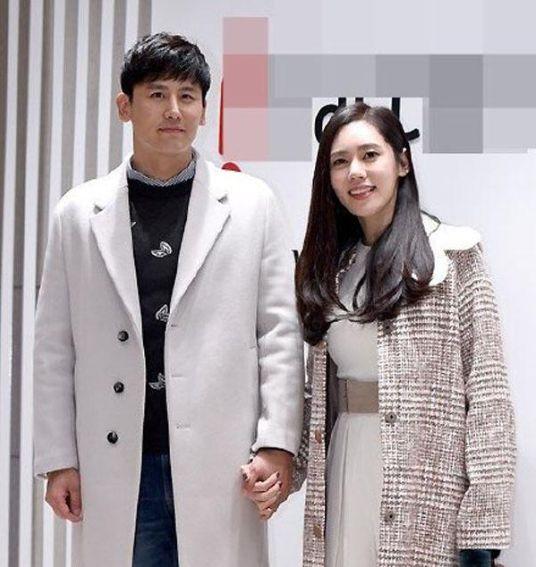 秋瓷炫将举办婚礼:秋瓷炫和于晓光将于29日在韩国首尔举办婚礼,同时也会举办儿子大海的周岁宴。