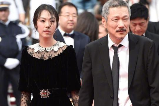 洪尚秀離婚訴訟被駁回:韓國導演洪尚秀離婚訴訟被駁回,曾承認戀上女演員金敏喜