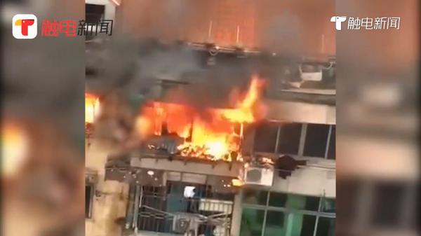 广州黄沙大道火灾:广州荔湾黄沙大道南民房火灾致1死2伤,启事考察中