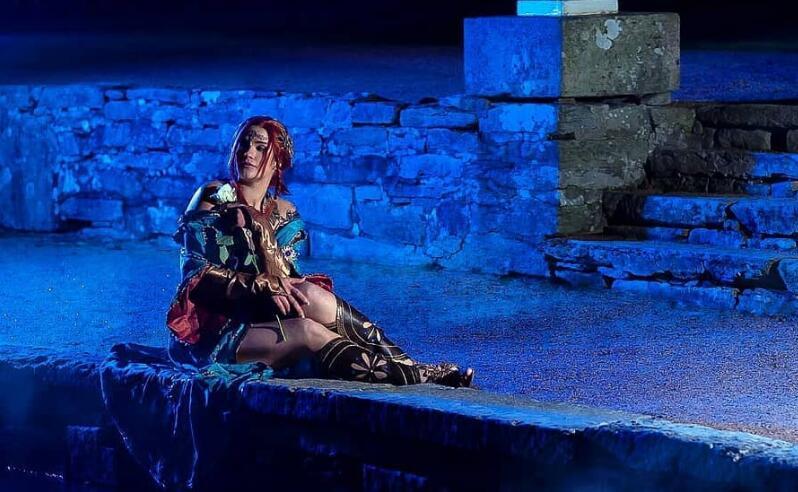《巫师3》国外性感美女COS希里/特莉丝  玩家惊叹不已