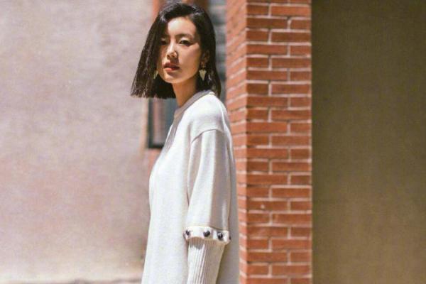 刘雯确认缺席2020春夏时装周
