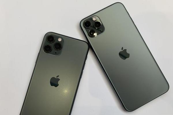 """新iPhone""""浴霸三摄""""遭网友吐槽:我鳞集害怕症犯了"""