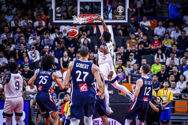 2019男篮世界杯八强赛:美国男篮不敌法国,无缘四强