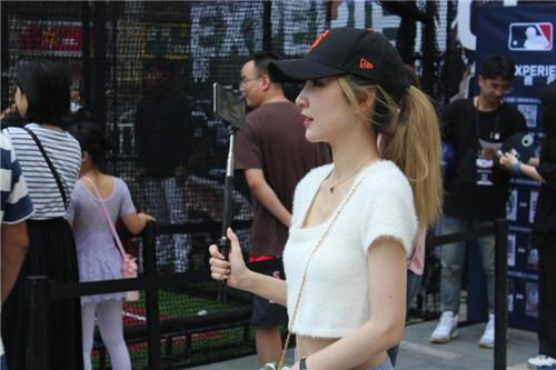 MLB电竞联赛惊现LGD同门内战 女将对抗成另一靓丽风景线