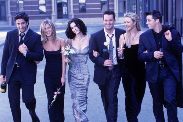 《老友记》开播25周年:Monica、Joey、Phoebe、Ross同时发文庆祝