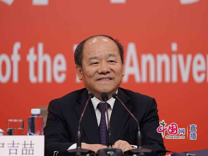 70年中国人均预期寿命增长一倍,从35岁上升为77岁