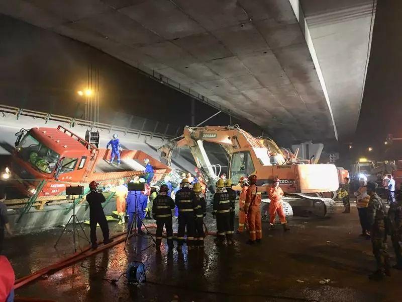 江苏无锡北环路附近一高架桥发生坍塌,致3人死亡