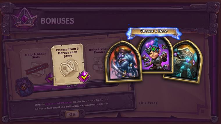 获取了20包卡牌包的玩家在游戏开始时可以选择的英雄从两位增加到三位。