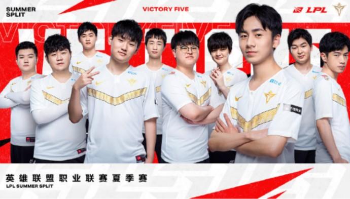 V5赛季回望:小东北全能稳健Samd潜力惊人!双核剑指冠军