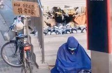 """""""雨衣爸爸""""家属回应质疑详情介绍"""